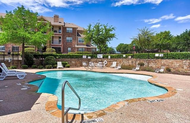 The Life at Westland Estates - 2950 Alemeda Street, Fort Worth, TX 76108