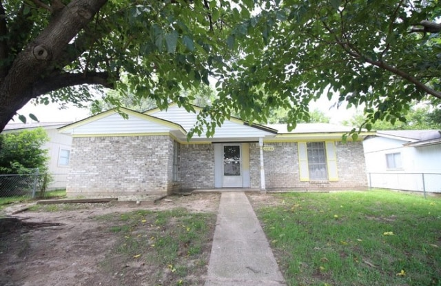 10039 Hymie Circle - 10039 Hymie Circle, Dallas, TX 75217