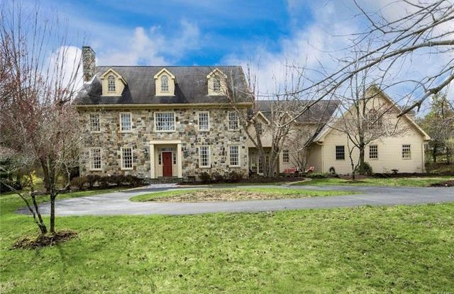 1560 Merryweather Drive - 1560 Merryweather Drive, Northampton County, PA 18015