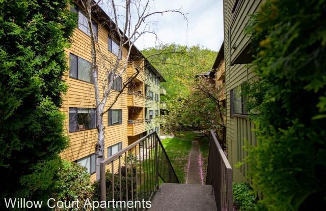 Willow Court Apartment Homes - 6901 Delridge Way Southwest, Seattle, WA 98106