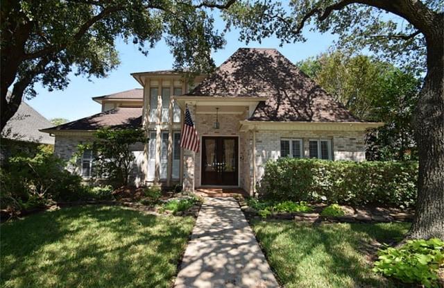 1015 Mockingbird Way - 1015 Mockingbird Way, Sugar Land, TX 77478