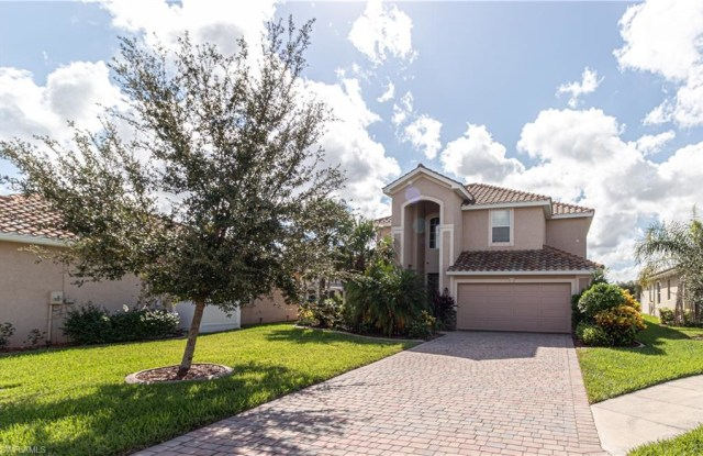 11428 Icarus CIR - 11428 Icarus Circle, Fort Myers, FL 33971