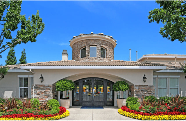 Ascent at the Galleria - 700 Gibson Dr, Roseville, CA 95678