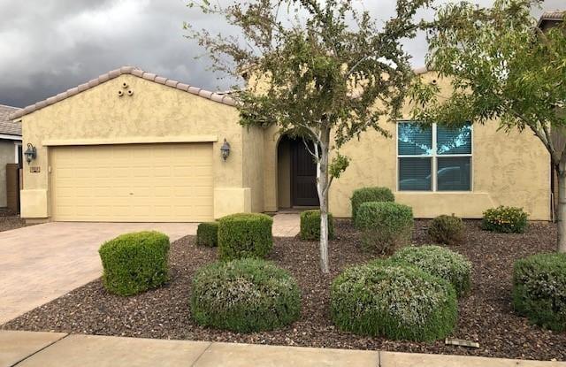 3912 E STRAWBERRY Drive - 3912 East Strawberry Drive, Gilbert, AZ 85298