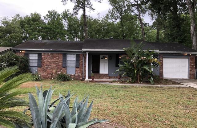 5406 COMMUNITY CIR - 5406 Community Cir, Jacksonville, FL 32207
