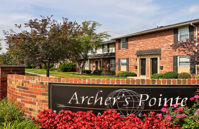 Archer's Pointe Apartments of Ft. Wayne - 262 W Washington Center Rd, Fort Wayne, IN 46825