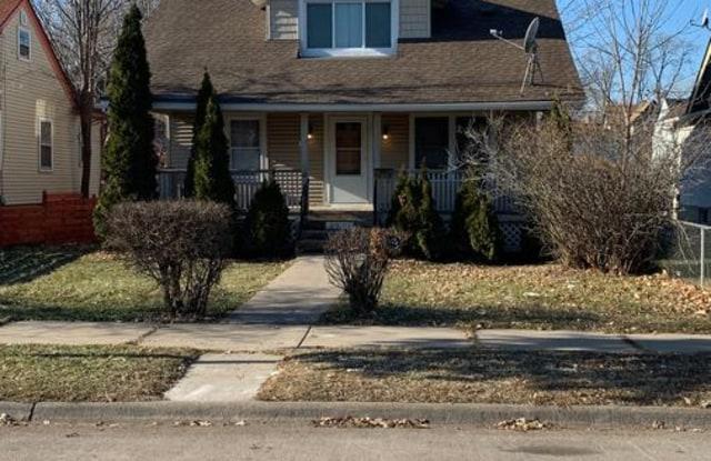 2911 Logan Ave N - 2911 North Logan Avenue, Minneapolis, MN 55411