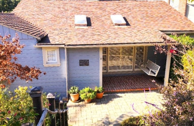 5627 Cabot Dr - 5627 Cabot Drive, Oakland, CA 94611