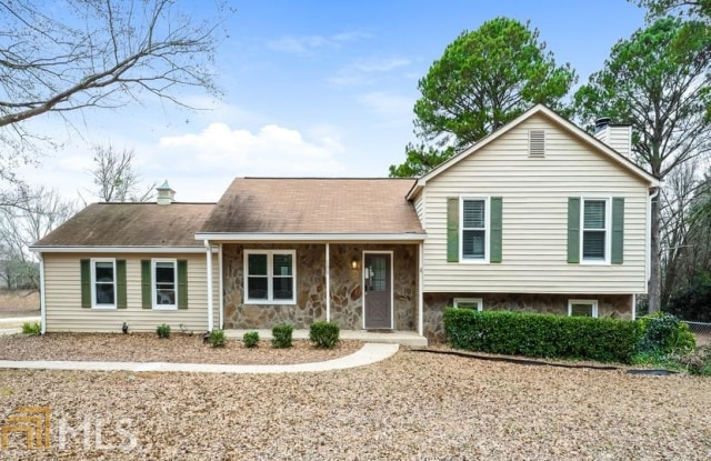 """105 Heritage Farm - 105 Heritage Farm Lane, Fayette County, GA 30215"""