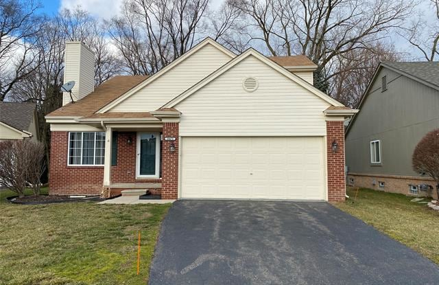 28672 BAYBERRY CT E Court E - 28672 Bayberry Court East, Livonia, MI 48154