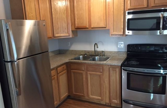 5450 W 25th Ave 4 - 5450 W 25th Ave, Edgewater, CO 80214