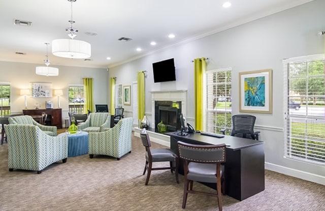 Villas at St. Johns - 7595 Baymeadows Cir W, Jacksonville, FL 32256