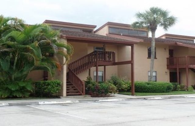 1505 Lakeview Drive East - 1505 Lakeview Drive East, Royal Palm Beach, FL 33411