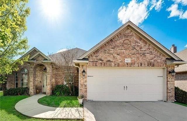 4012 Palomino Drive - 4012 Palomino Drive, Benbrook, TX 76116