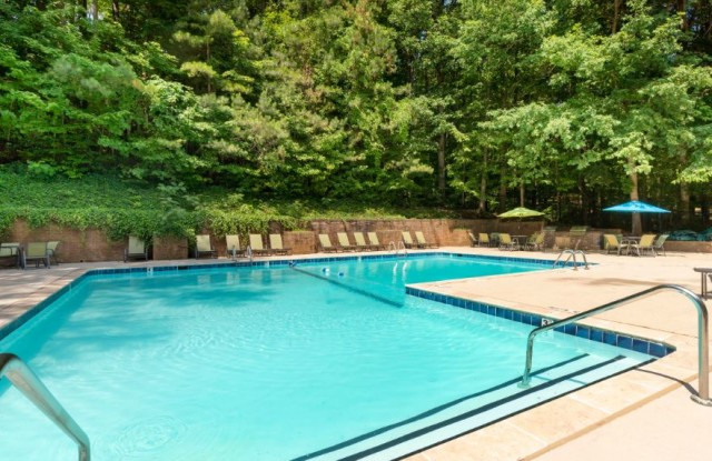 Woodlyn on the Green - 100 Kempwood Dr, Cary, NC 27513