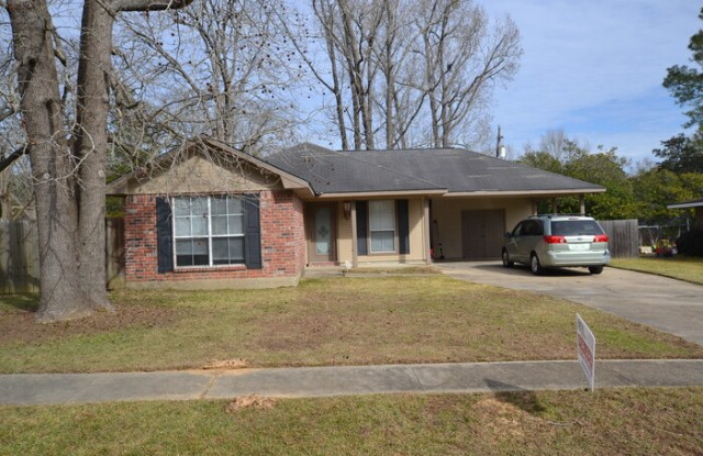 2727 March Street - 2727 March Street, Zachary, LA 70791