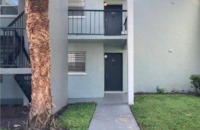 2840 Somerset Park Drive - 2840 Somerset Park Dr, Hillsborough County, FL 33613