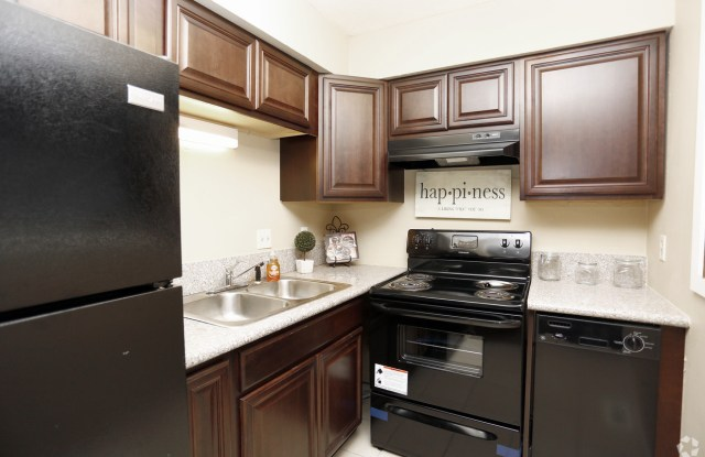 5140 Southgreen #3, Indianapolis IN 46227 - 5140 Southgreen Drive, Indianapolis, IN 46227