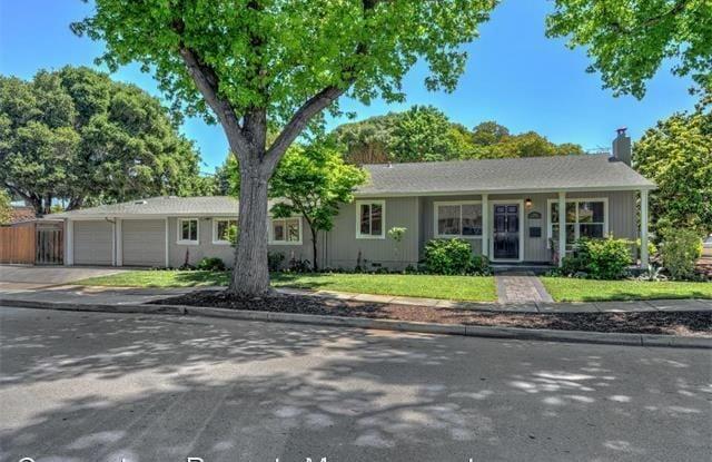 1068 Sonoma Ave - 1068 Sonoma Avenue, Menlo Park, CA 94025