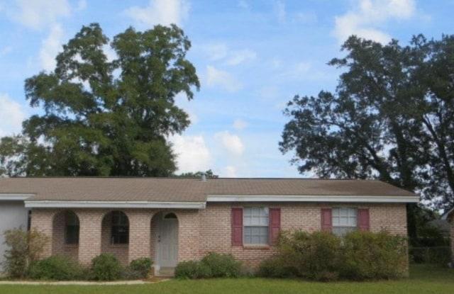 174 OVERLOOK DR - 174 Overlook Drive, Brent, FL 32503