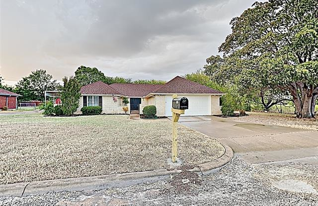 """1900 Easy Court - 1900 Easy Court, Hood County, TX 76048"""