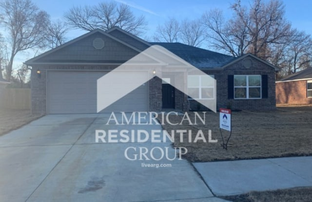 3600 Edinburgh Drive - 3600 Edinburgh Drive, Fort Smith, AR 72908
