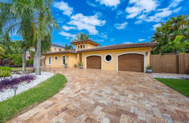 5598 NE 7th Avenue - 5598 Northeast 7th Avenue, Boca Raton, FL 33487