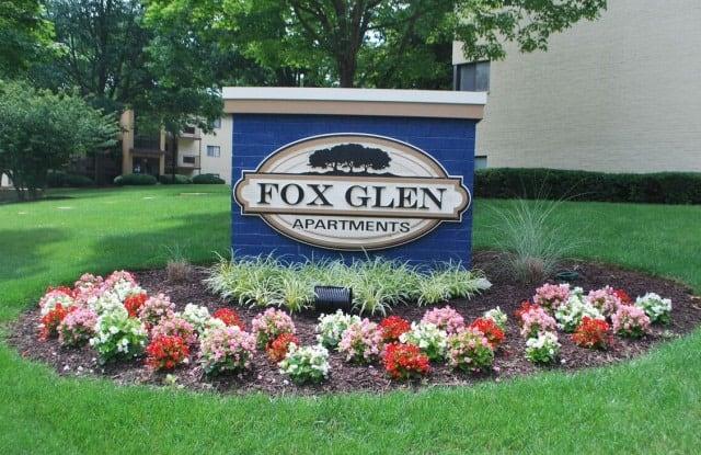 Fox Glen - 5902 Cross Country Blvd, Baltimore, MD 21209