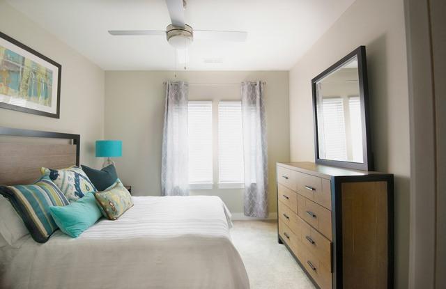 Beaucatcher Flats - 128 Florence St, Asheville, NC 28801