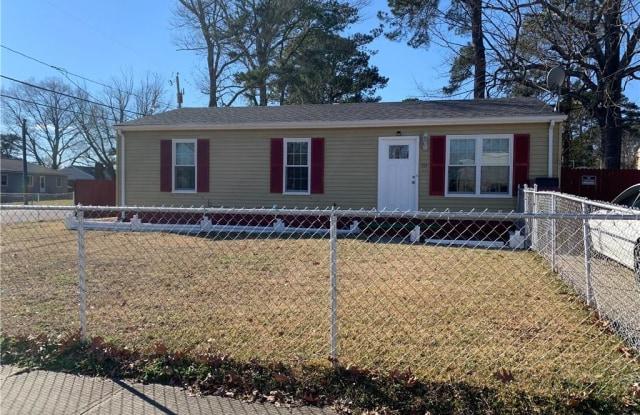 701 N 5th Street - 701 North 5th Street, Hampton, VA 23664