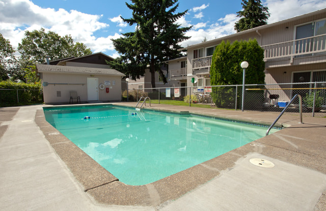 Northwood Apartments - 1550 Q St, Springfield, OR 97477