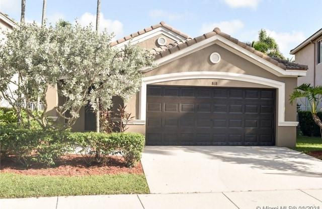 818 Golden Cane Dr - 818 Golden Cane Drive, Weston, FL 33327