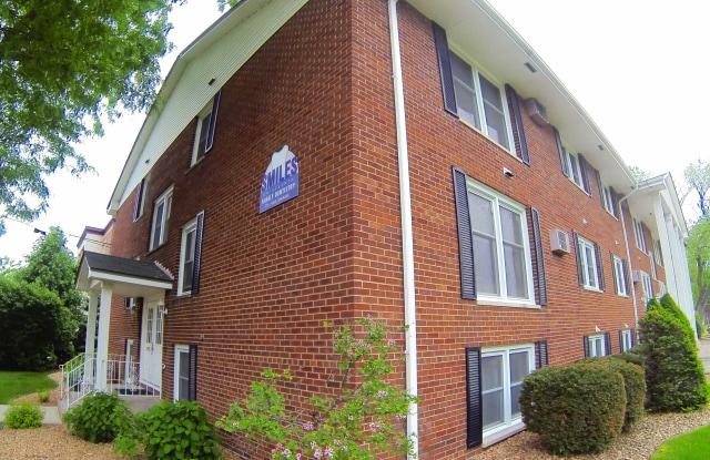 Marjon Terrace - 2390 7th St W, St. Paul, MN 55116