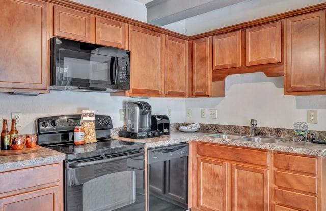 Villas Continental - 2223 Astor Street, Orange Park, FL 32073