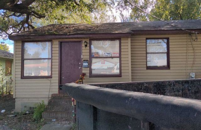 1737 Academy St - 1737 Academy Street, Jacksonville, FL 32209