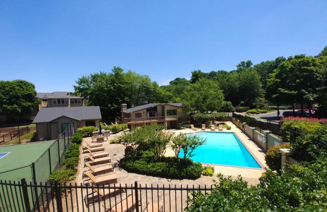 Chatsworth Apartments - 4700 N Hill Pkwy, Atlanta, GA 30341