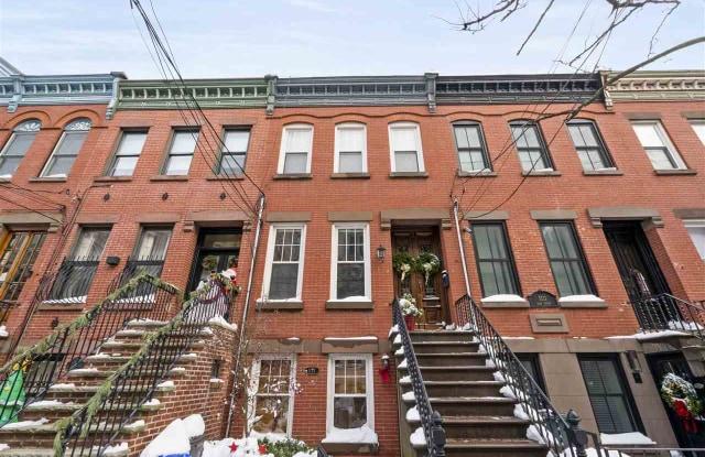 1113 PARK AVE - 1113 Park Avenue, Hoboken, NJ 07030