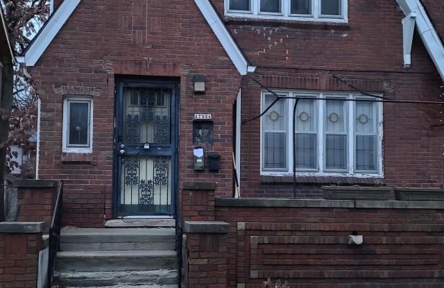 17331 Quincy St - 17331 Quincy Street, Detroit, MI 48221