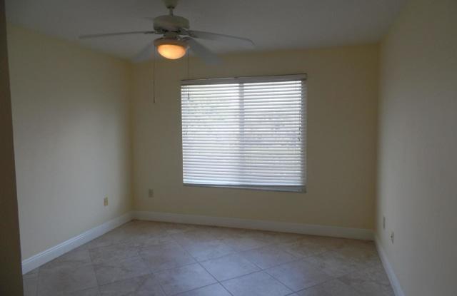 311 Villa Circle - 311 Villa Cir, Boynton Beach, FL 33435