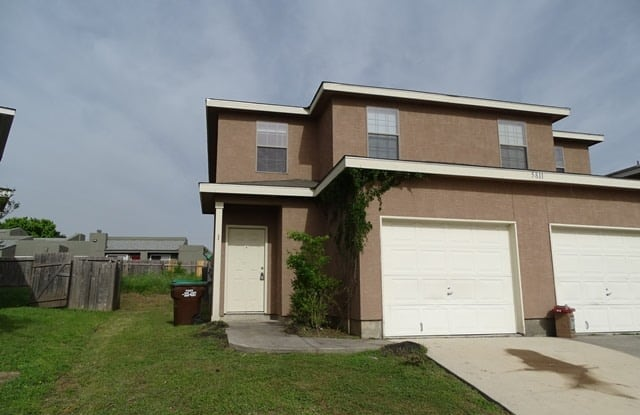 """5811 Golf Bend - 5811 Golf Bend, Bexar County, TX 78244"""