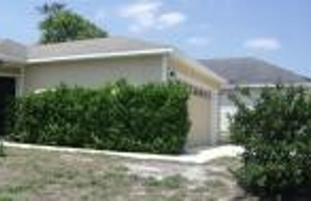11205 Mikris Drive South - 11205 Mikris Drive South, Jacksonville, FL 32235
