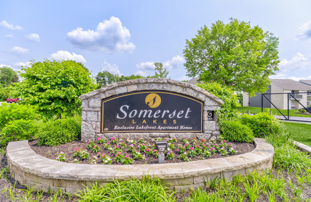 Somerset Lakes - 3202 E 76th St, Indianapolis, IN 46240