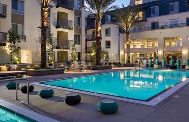 Avalon Huntington Beach - 7400 Center Ave, Huntington Beach, CA 92647