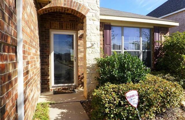 10546 Highland Ridge Road - 10546 Highland Ridge Road, Fort Worth, TX 76108