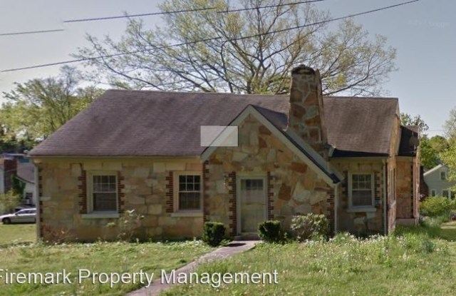401 W. 15th Street - 401 West 15th Street, Columbia, TN 38401