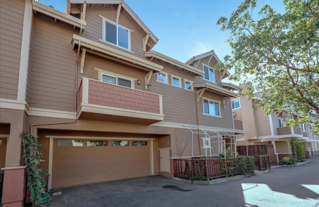 211 Grant St # C - 211 Grant Street, Santa Cruz, CA 95060
