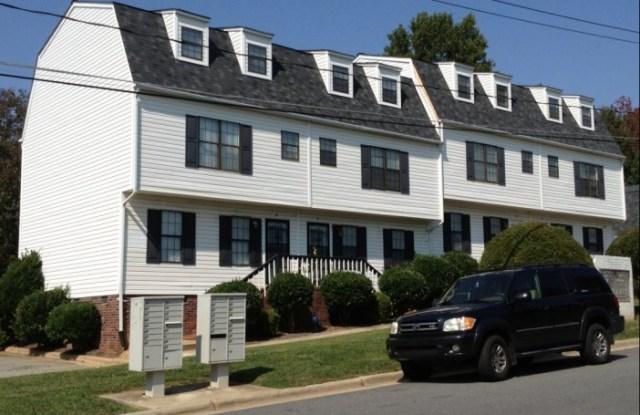 1022-A Fir Place - 1022 Fir Pl, Greensboro, NC 27407