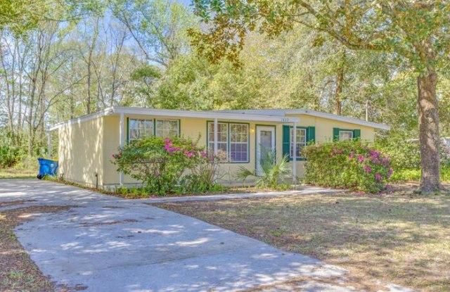 1822 Bard Drive - 1822 Bard Drive, Jacksonville, FL 32218