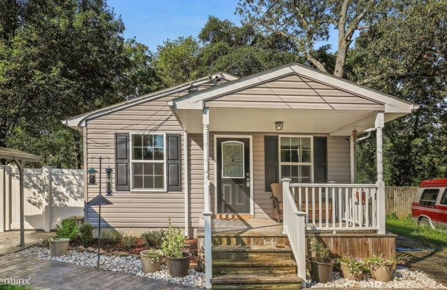 206 Mulberry Ave - 206 Mulberry Ave, Severna Park, MD 21122