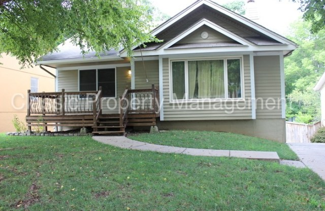 6318 North Bedford Avenue - 6318 North Bedford Avenue, Kansas City, MO 64151